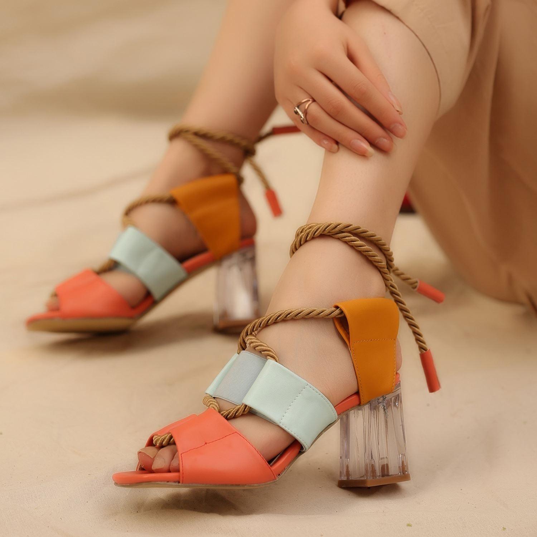 Çok Renkli Halat Detaylı Şeffaf Topuklu Sandalet