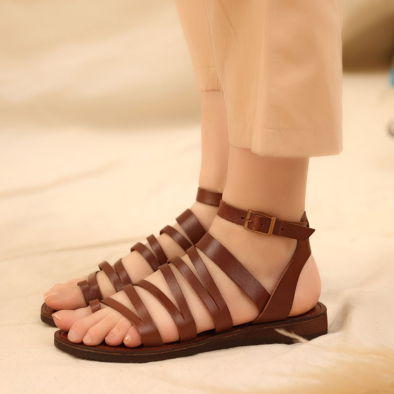 Kahve Parmak Arası Gerçek Deri Kadın Sandalet