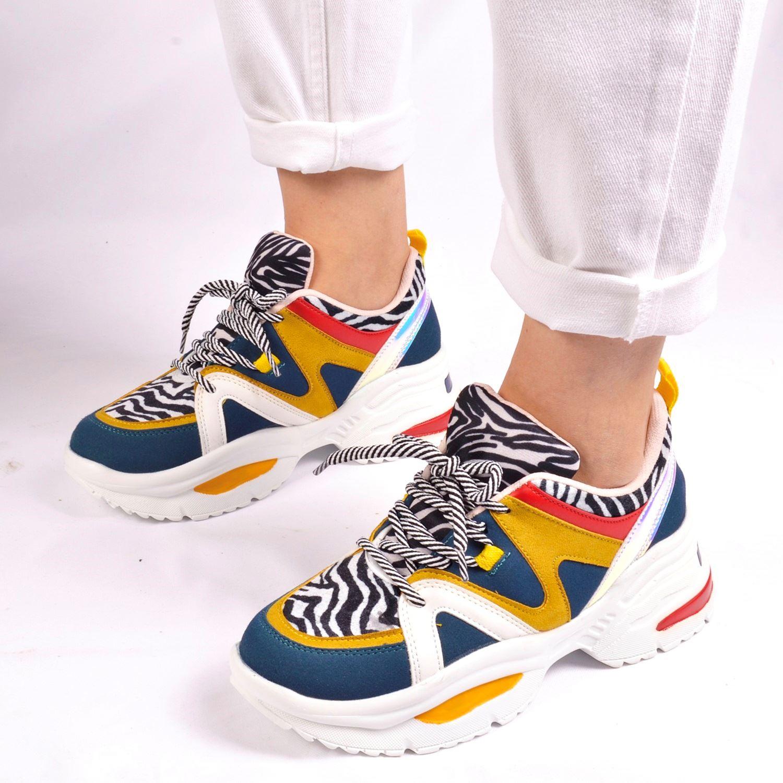 Leopar Desenli Kadın Sneaker