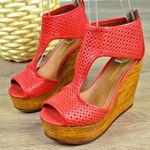Kırmızı Dolgu Topuk Kadın Sandalet 0335